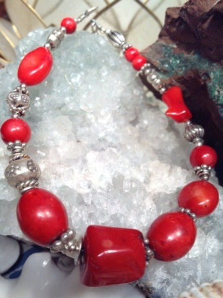 Coral and silver bracelet 874