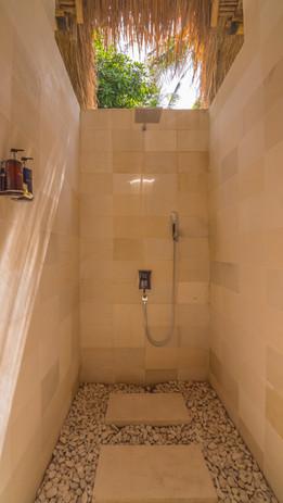 Semi Outside shower.jpg