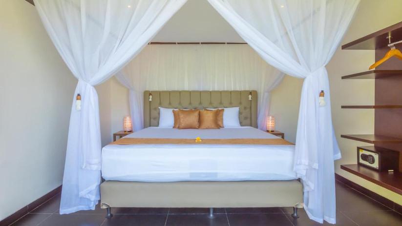 Villa Hidden Pearl Bedroom.jpeg