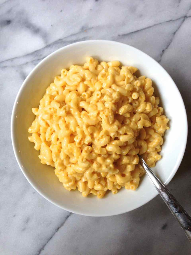 SLOW COOKER MACARONI & CHEESE