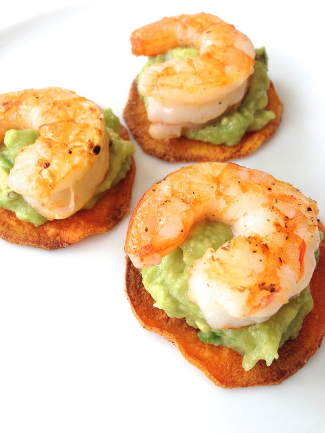 GRILLED SHRIMP & GUACAMOLE ON SWEET POTATO CHIPS