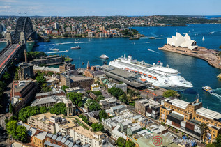 lifestyle-sydney-harbour-view.jpg