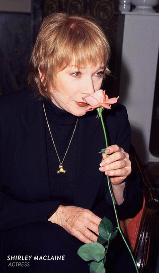 Shirley-MacLaine-Actress.jpg
