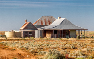 lifestyle-farmhouse-outback-australia.jp