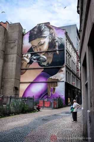 lifestyle-graffiti-wall-mural-smug.jpg