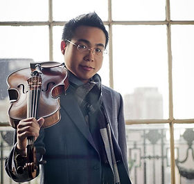 violist-Born-Lau-by-Vanessa-Briceno.jpg
