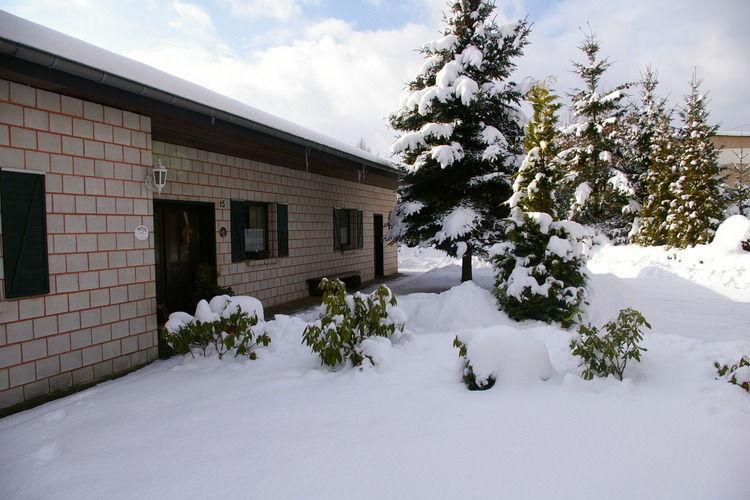 das Ferienhaus im Winter