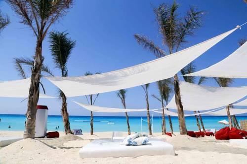 marassi beach club 2.jpg