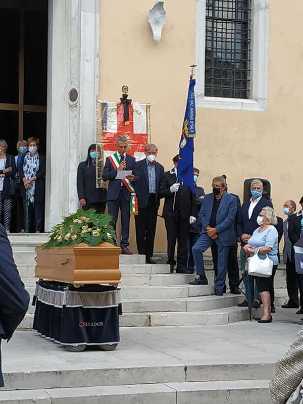 07 Funerali.jpg
