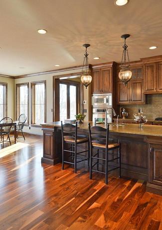 kitchendiningroom_1200.jpg