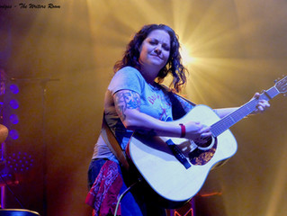 Ashley McBryde discusses her favourite musicals and returning to C2C!
