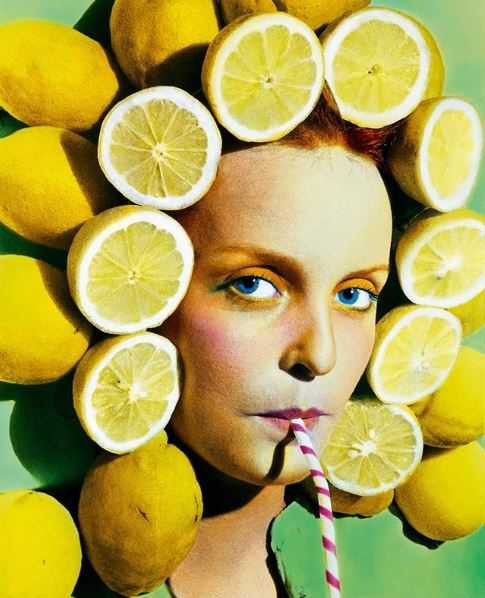 Lady with lemons around her head