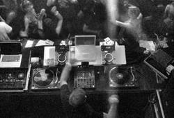 KUZ_DJ.jpg 2014-12-26-15:31:16