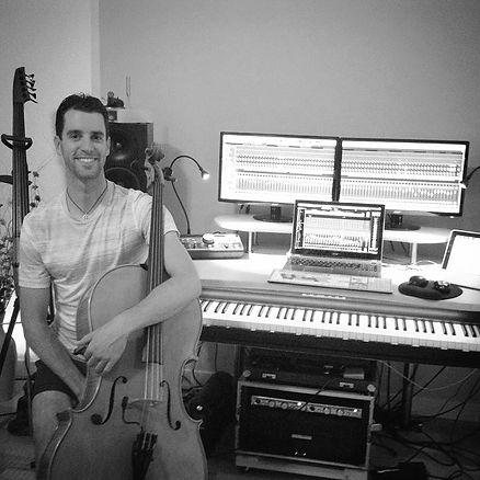 Cello instructor in Boulder Studio