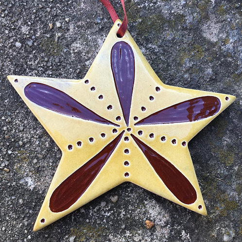 Star Burst with Dots Ornament