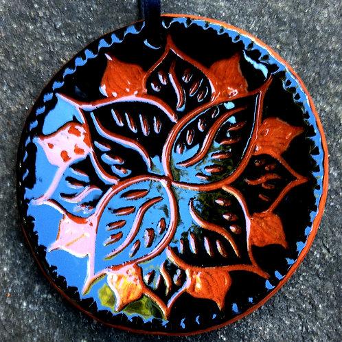 Petals Sgraffito Ornament in Black
