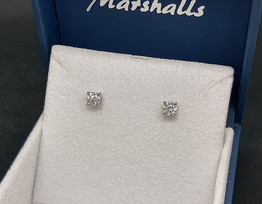 80pt Diamond Platinum Studs
