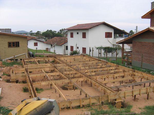 Canteiro de Obras/Gabarito/Fundações
