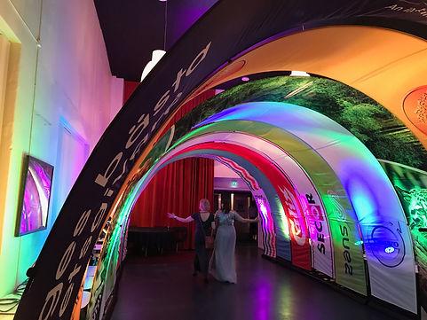 Premium Präsentationssystem als Tunnel