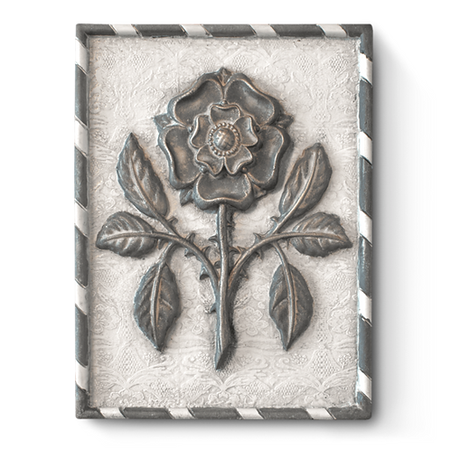 T498 Tudor Rose