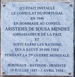 Placa em memória de Sousa Mendes em Bayonne
