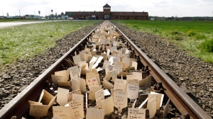W300px_2701-auschwitz-germany-holocaust-remembrance