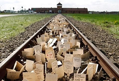 W300px_2701-auschwitz-germany-holocaust-