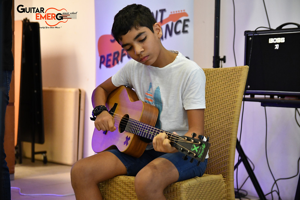 Veehan Acoustic Guitarist