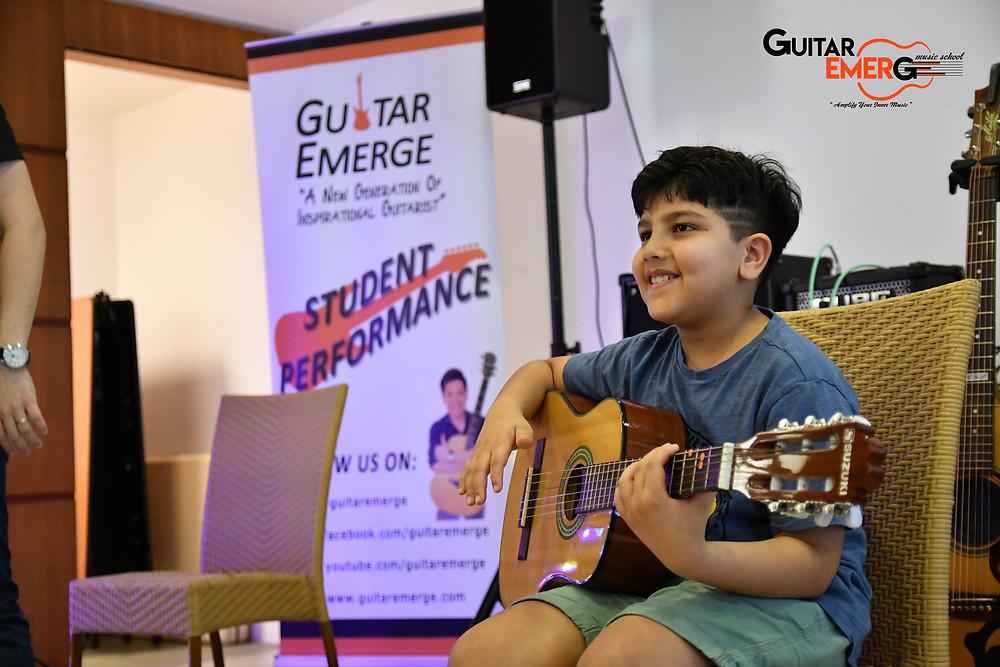 Aziz (Acoustic Guitarist)