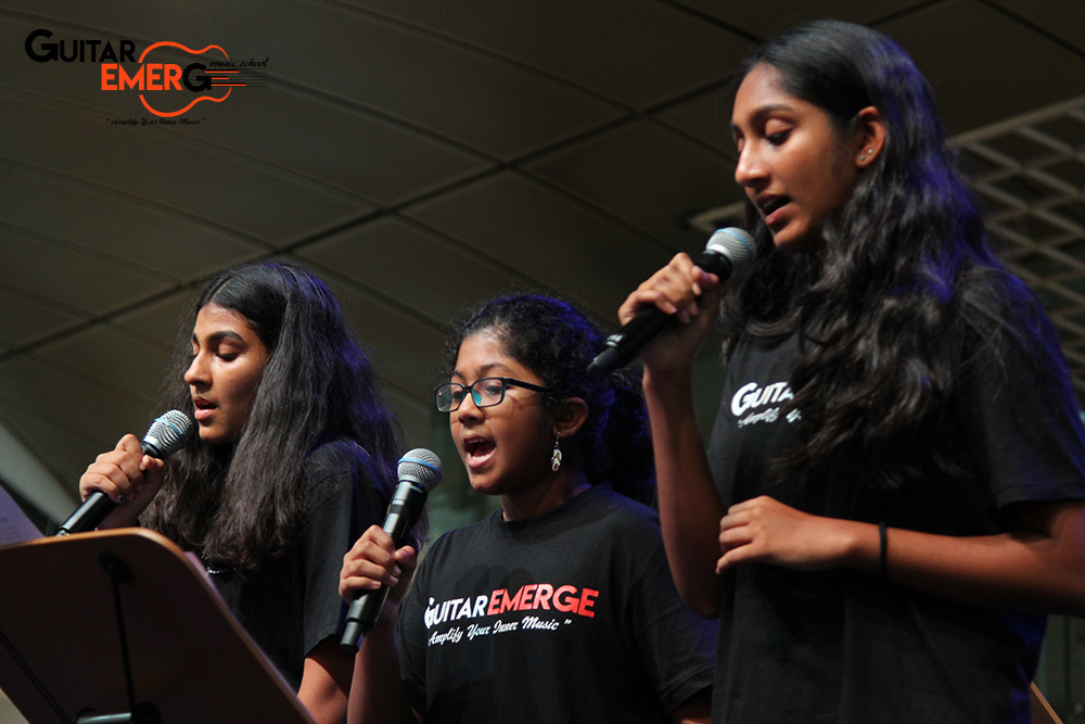 Hotel California Singers