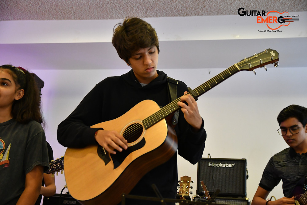 Vir (Acoustic Guitarist)