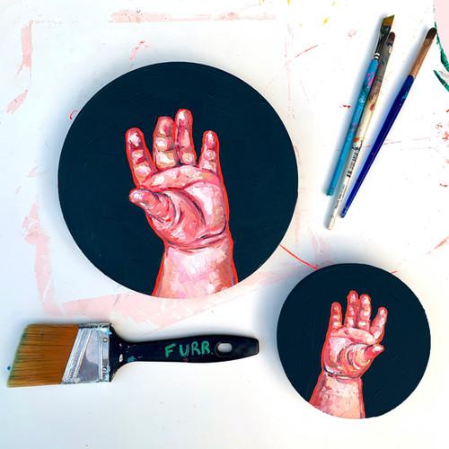 Little Em Hands