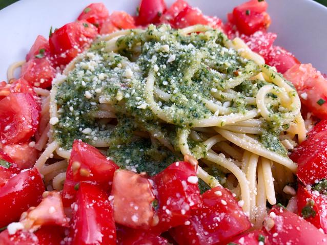 Pesto Pomodoro mit Nussmesan