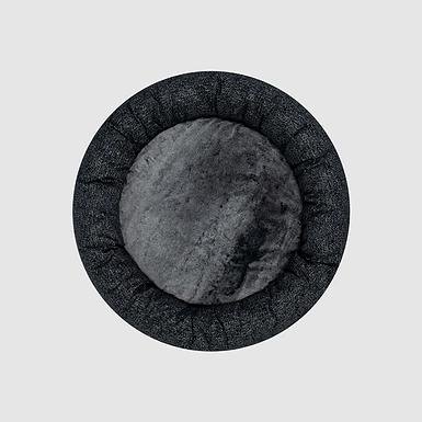 Canada Pooch Carbon black Birch bed SMALL
