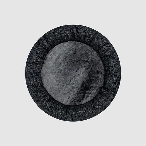 Canada Pooch Midnight black bed MEDIUM