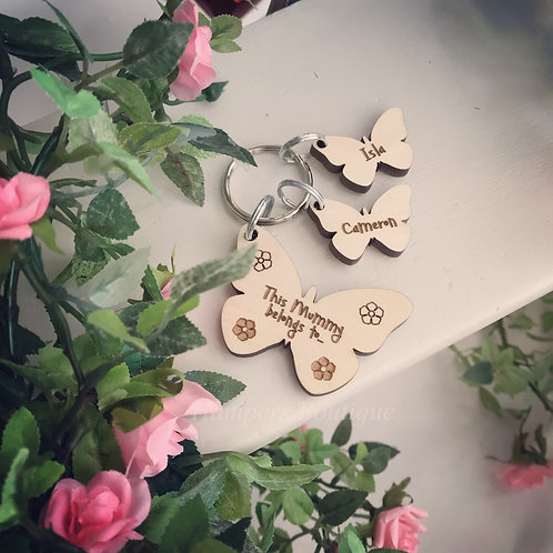 This mummy belongs to butterfly keyring set