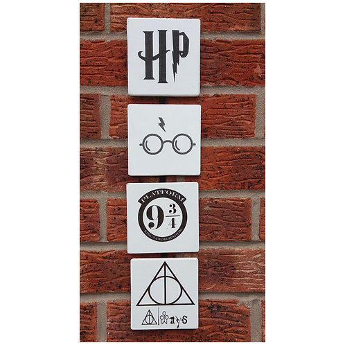 Set of four HP plaques