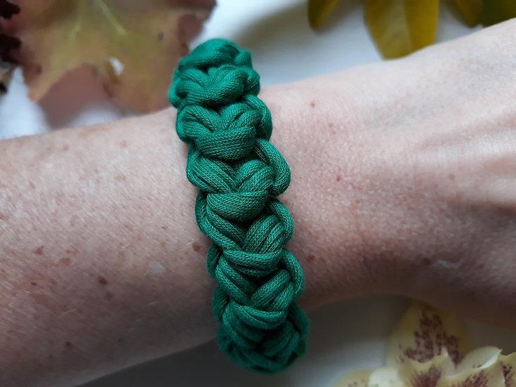 Crocheted bracelet -green
