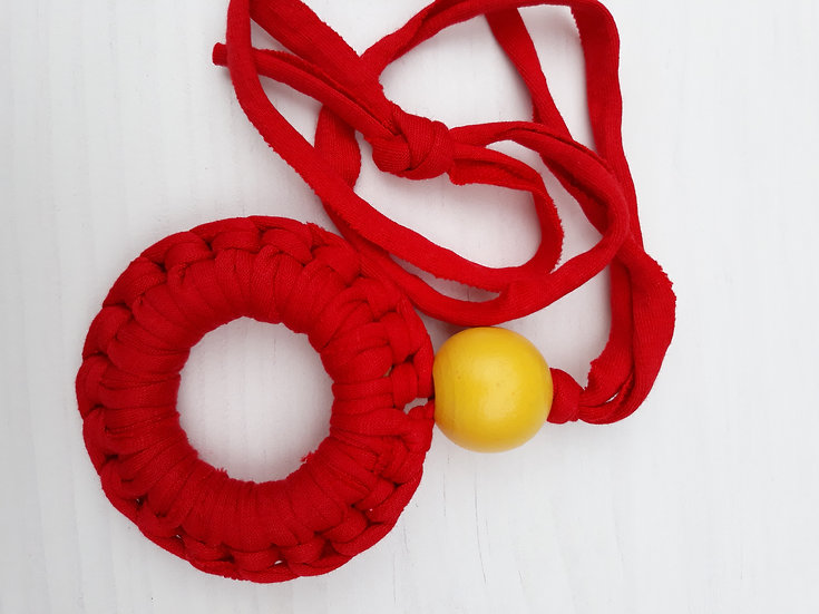 Crocheted donut necklace -red