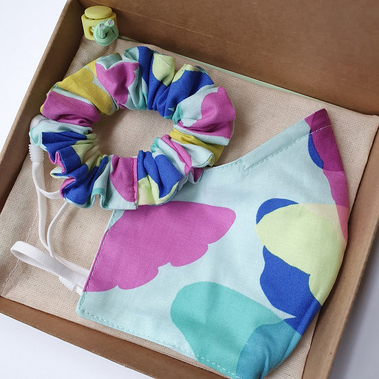 Face mask and scrunchie set