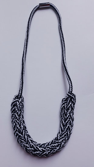 Crocheted necklace - black & white stripe