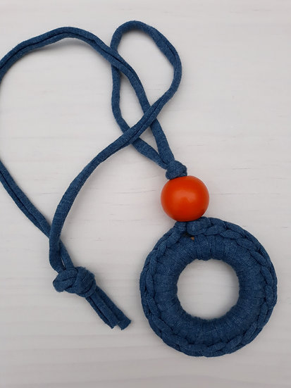 Crocheted donut necklace - denim blue