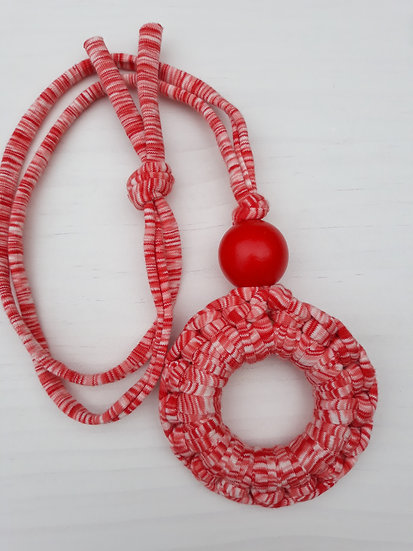 Crocheted donut necklace - red and white marl