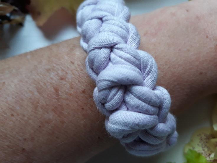 Crocheted bracelet - pale lilac