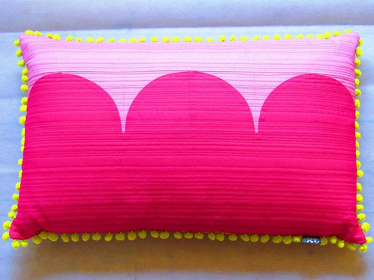 Moorish cushion -pink