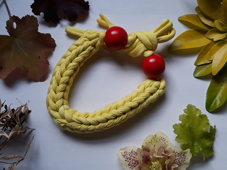 Crocheted necklace - yellow with red wooden beads