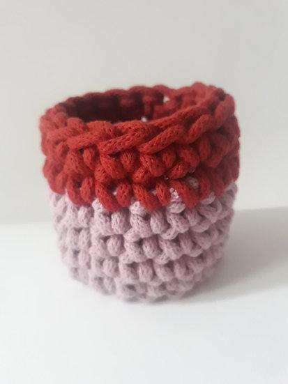 Crocheted cuff bracelet - dusty pink & terracotta