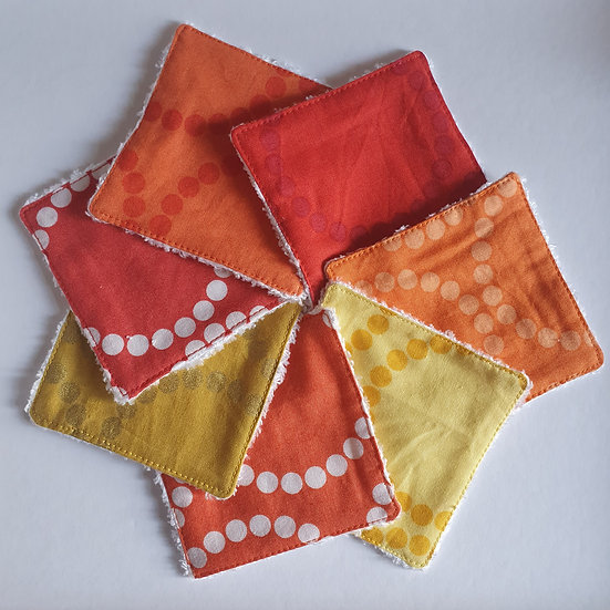 Deluxe reusable wipes - dotty circles red
