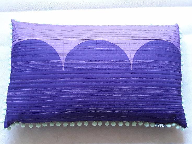 Moorish cushion -purple