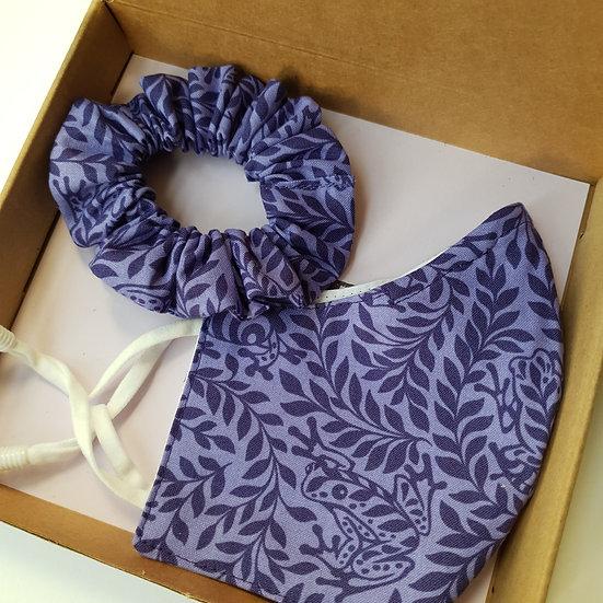 Face mask & scrunchie gift set